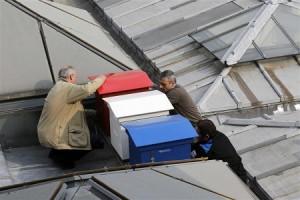 Košnice sa pčelama na krovu francuskog parlamenta