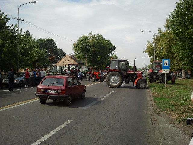 Ratari blokirali put Pančevo-BG
