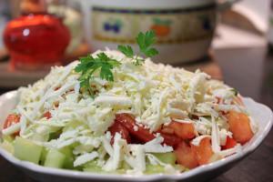 Šopska salata najomiljenije nacionalno jelo u Evropi