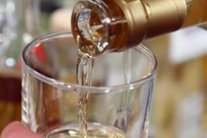 Inspektori oduzimali vino, pivo i rakiju