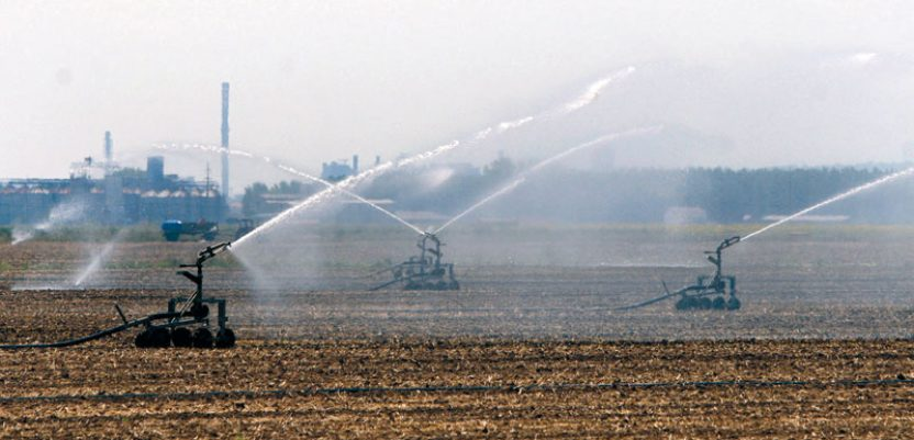 Poljoprivreda u đuveču partija suprotnih ideologija