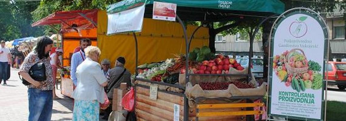 Pijačni karavan organske hrane