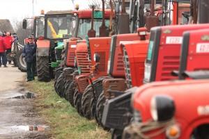 Ratari: Državno zemljište prodavati mladim poljoprivrednicima