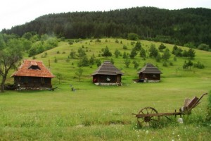 Školsko etno selo bez komjutera i mobilnih
