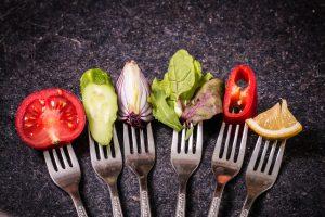Svaki treći građanin EU ne jede redovno voće i povrće