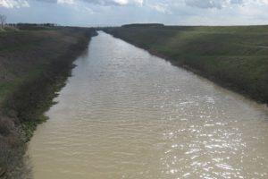 Zagađeni kanali za navodnjavanje