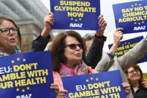 Lobistima Monsanta zabranjen ulaz u EU parlament