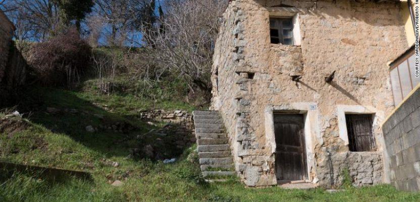 Na Barbagiji seoske  kuće za jedan evro