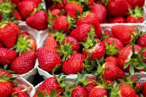 Jagode opet prve po količini pesticida