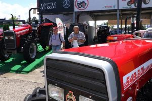 Predstavljen prototip IMT traktora