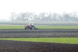 Stranci ugasili srpske traktore