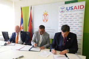 Ministarstvo i USAID daju garancije za poljoprivredne kredite