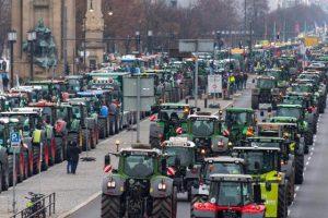 """Masovni protesti """"Zelenih"""" u Berlinu"""