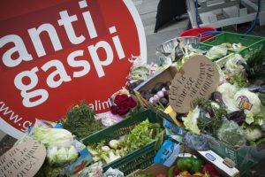 Francuska donela prvi zakon protiv bacanja hrane
