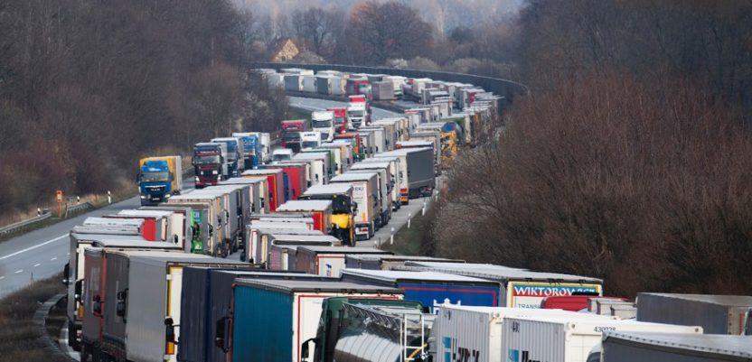 """EU uvodi """"zelene trake"""" za kamione na granicama"""