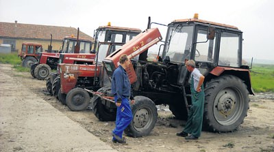 Agrar: Mehanizacija stara 20 godina