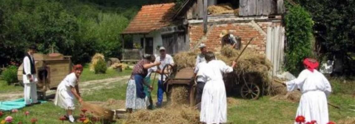 Potrebna veća prava ženama na selu