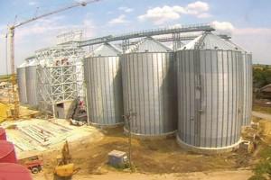 Zmajevo: Bivši radnici potražuju 612 hektara njiva