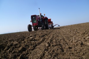 Poljoprivreda ne može da čeka da prođe policijski čas