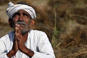 Indija: Viša tempertaura povećava broj samoubistava farmera
