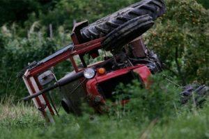 Japanci otkrili šta uzrokuje prevrtanje traktora