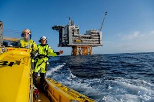 Šveđani prvi u svetu prodali karbonski neutralnu naftu
